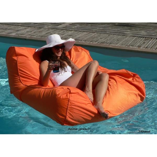 fauteuil flottant piscine sitinpool canap de piscine pouf pas cher. Black Bedroom Furniture Sets. Home Design Ideas