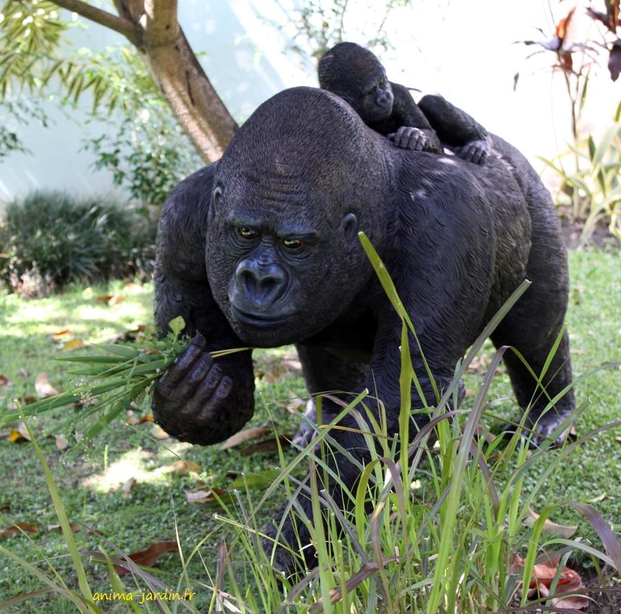 Gorille femelle en r sine avec b b 114cm animal sauvage jungle - Statue de jardin en resine ...