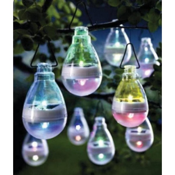 Lampes solaires color es suspendre d co jardin pas for Decoration jardin colore