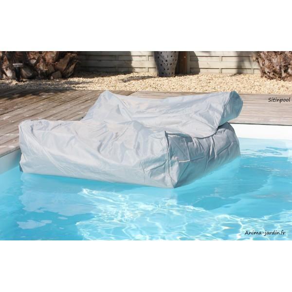 Fauteuil flottant piscine sitinpool canap de piscine for Piscine pour chien pas cher