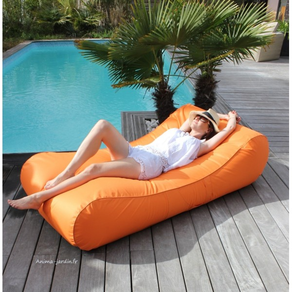Matelas de piscine flottant wave gonflable canap pouf for Piscine gonflable rectangulaire pas cher