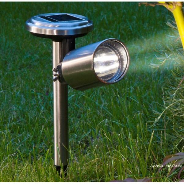 Spot solaire scoop avec leds en acier borne planter nort ne pas cher - Spot solaire jardin ...