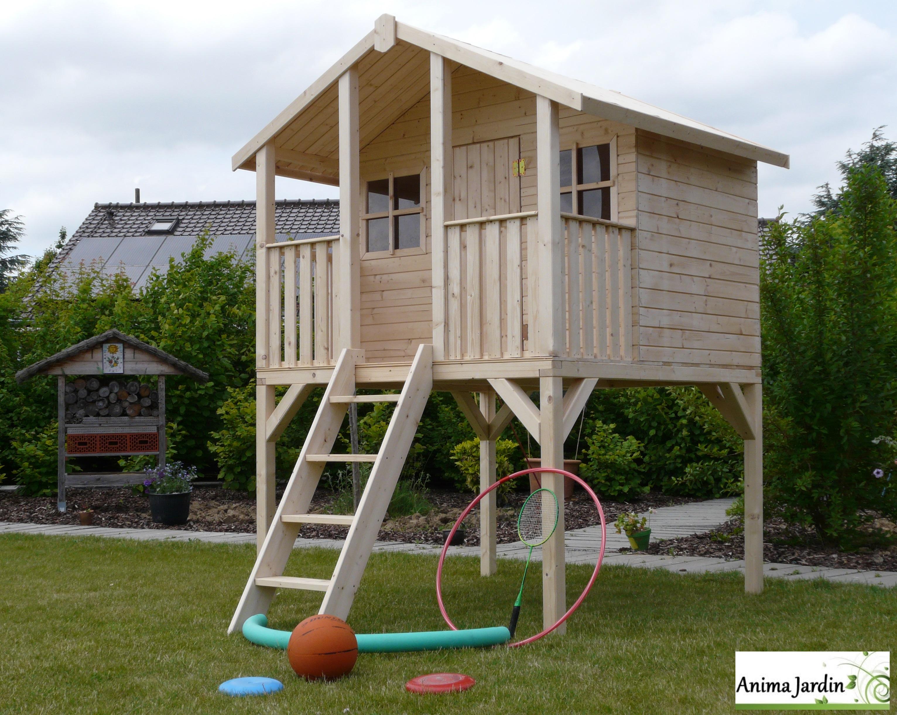 Grande Cabane De Jardin Pas Cher cabane en bois surélevée sur pilotis, 3m², toit deux pentes