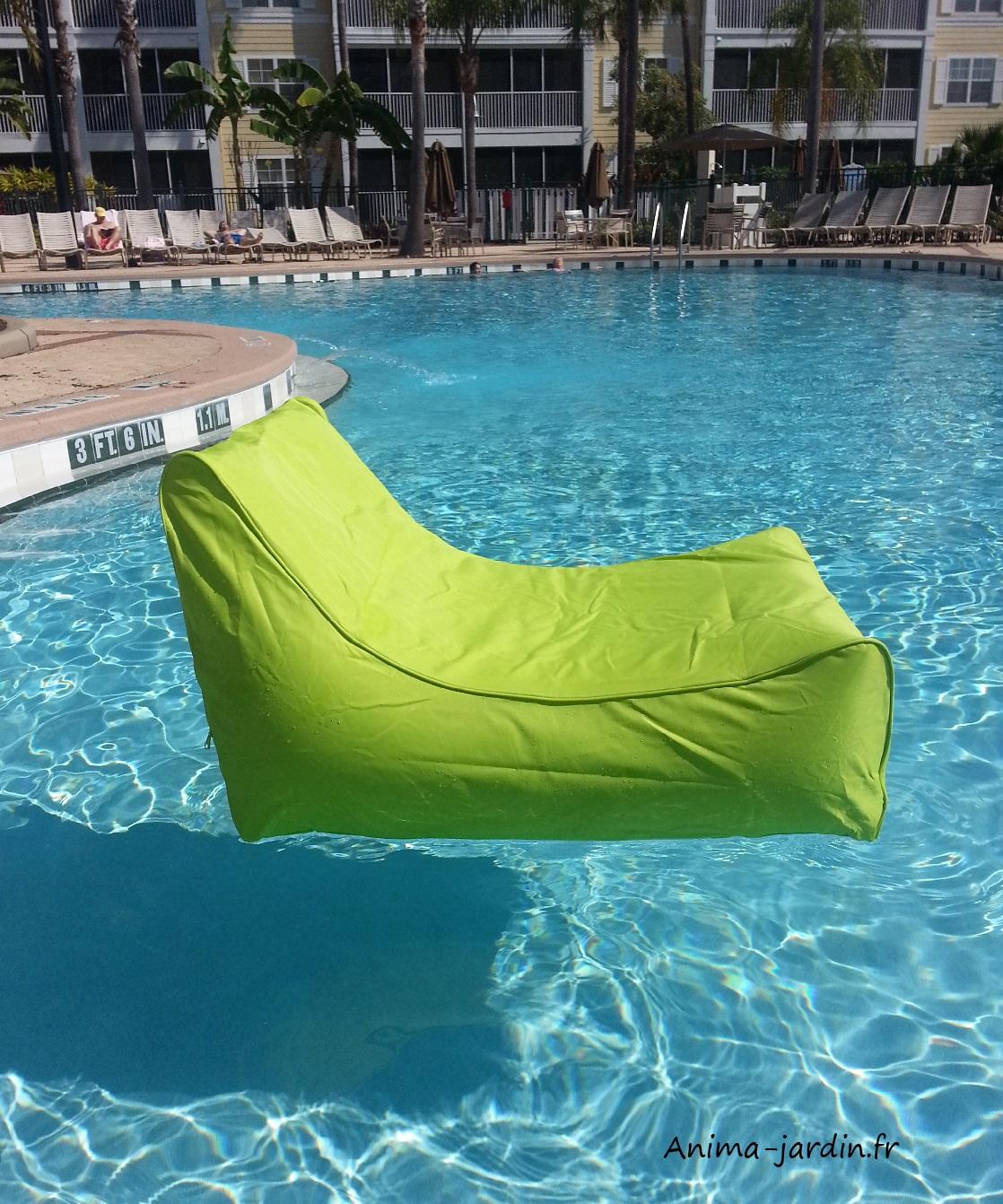 Fauteuil flottant piscine kiwi gonflable canap de - Piscine de la potennerie ...