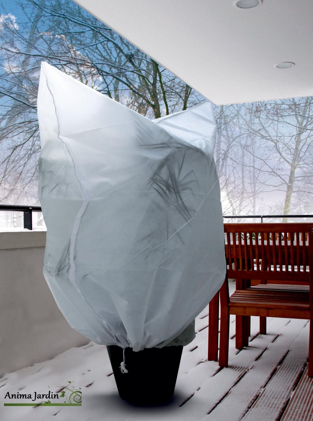 Housse-protection-froid-nortène-anima-jardin-hiverscratch