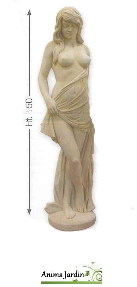 Katy, statue en pierre
