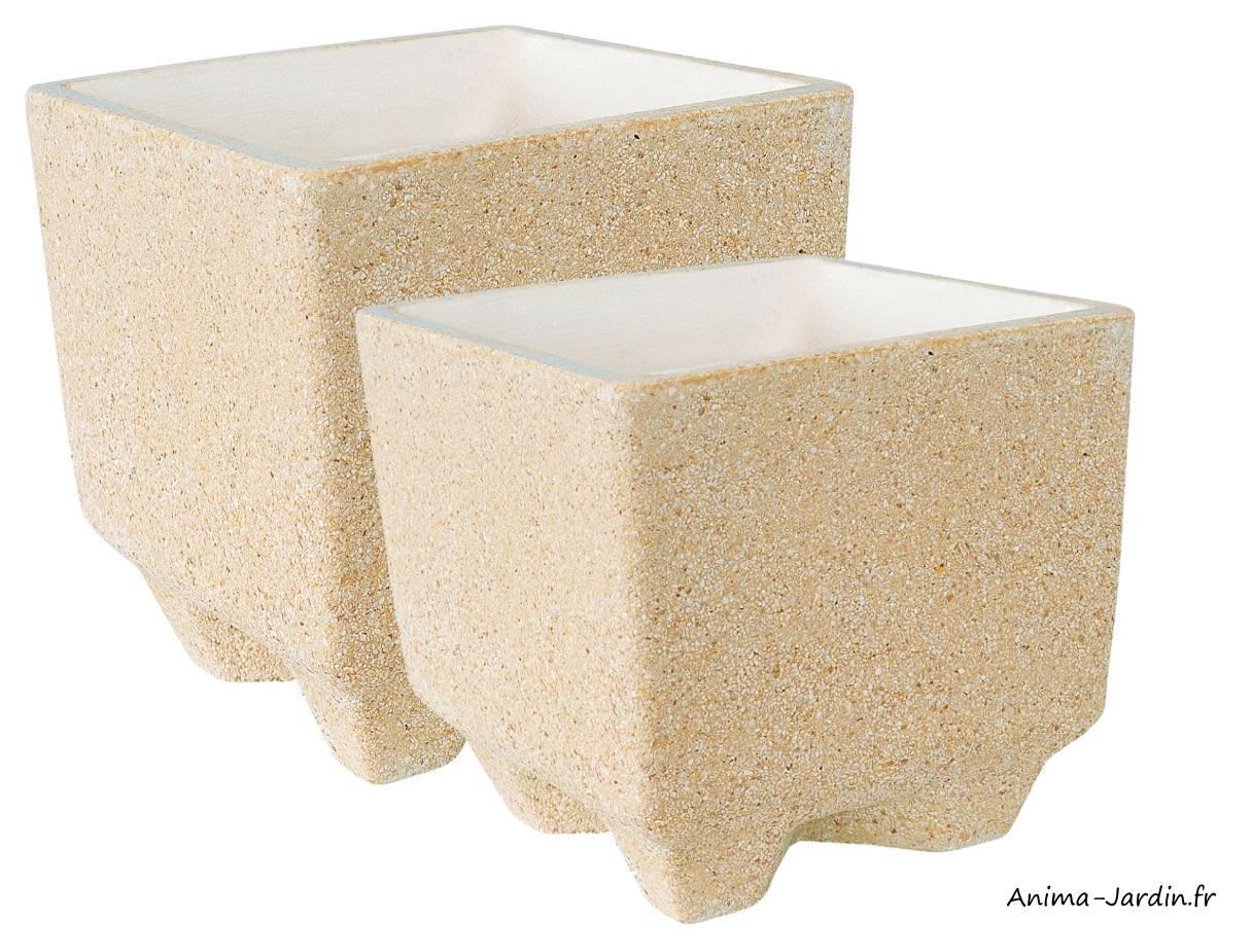 Bac carré-Manga-en marbre grainé-ocre-poterie de jardin-Framusa-Anima-Jardin.fr