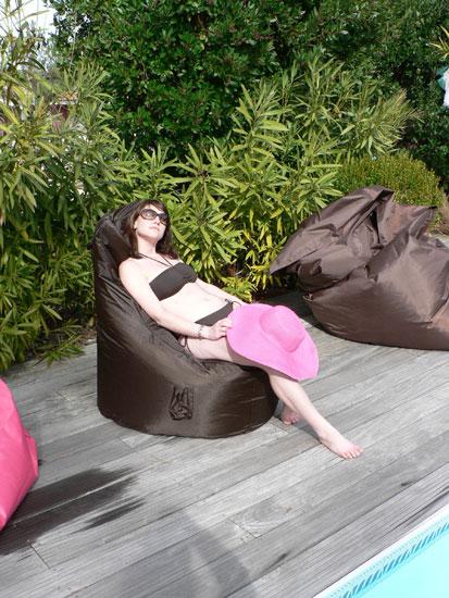 Sitinchair-pouf-fauteuil-détente-piscine-terrasse-anima-jardin.fr
