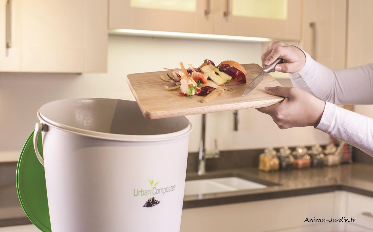 Composteur de cuisine-Urban Composter-terreau-composte-Anima-Jardin.fr