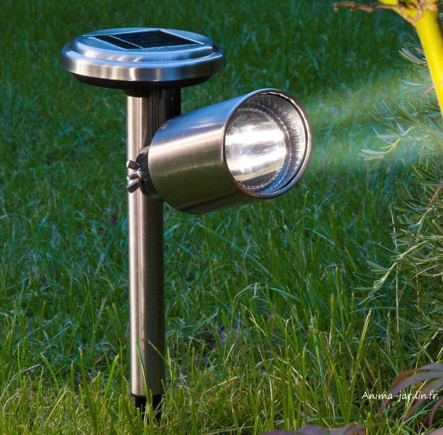 Spot solaire Scoop avec Leds, en acier, borne à planter